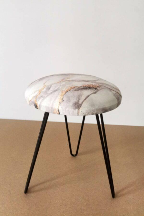 beyaz mermer desenli puf